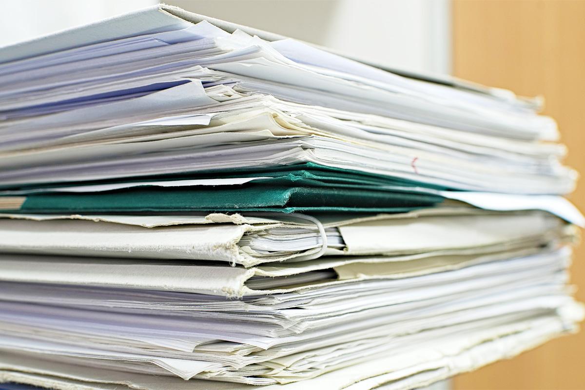 お部屋の中にある書類を、一度すべて集める