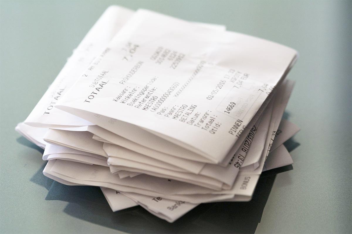 必要な書類と不要な書類に分ける